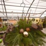 hanging christmas baskets