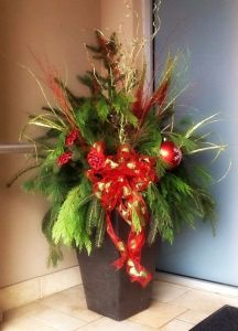 winter plants, christmas planter, christmas urns for sale, local christmas urns, london christmas urns, fresh christmas urns london